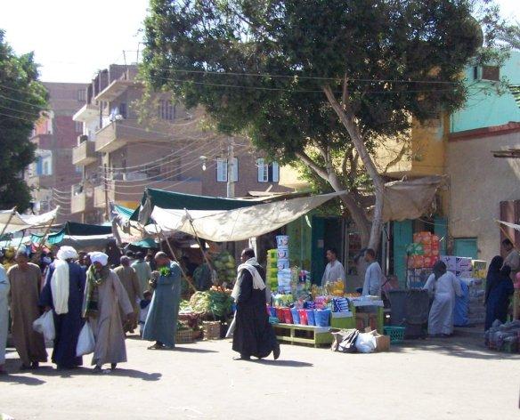 Edfu Mercado (market)