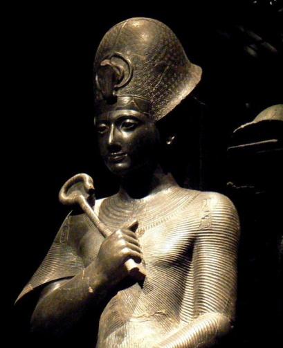 Ramesses_II_in_the_Turin_Museum24-2