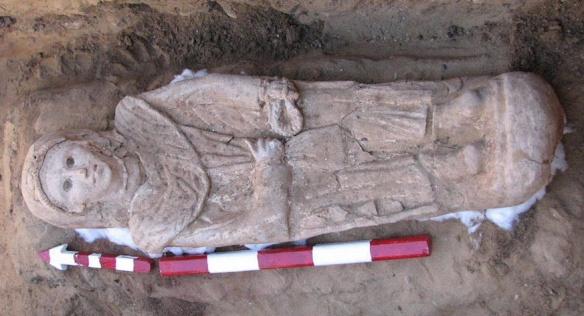 woman mummy