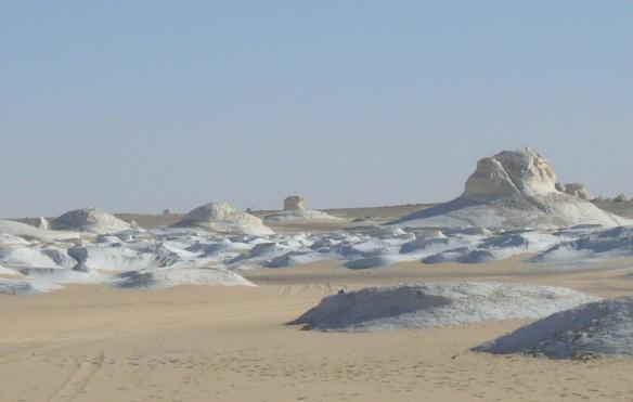 Scenery of the White Desert.