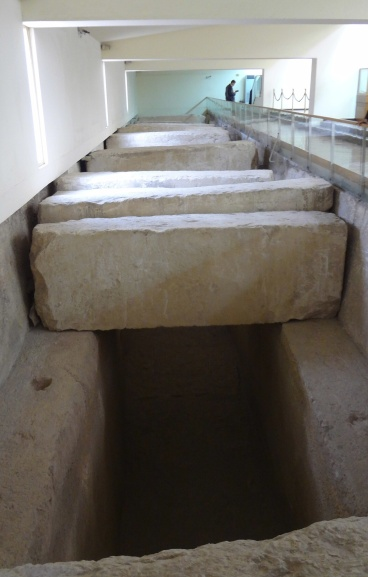 Original Solar Boat Pit