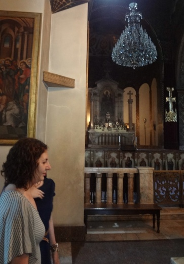A pious woman and the altar