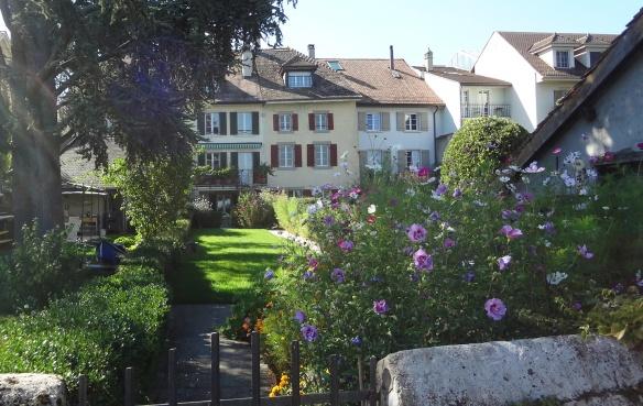Flowering houses