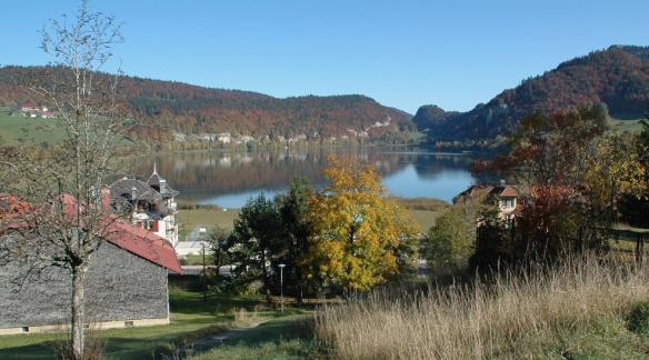 Les Charbonnières and  Lake Brenet