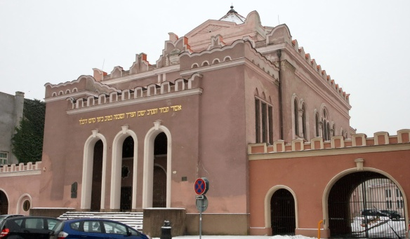 Synagogue and school on Puškinova Street