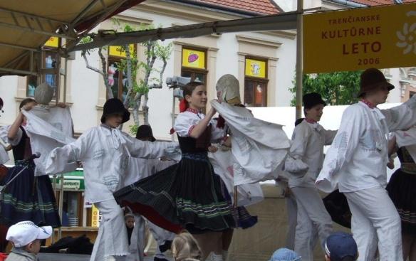 Folk ensemble Radosť (Folk ensemble Joy)