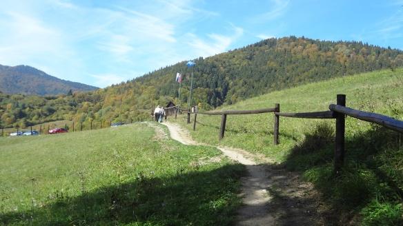 Path to  abandoned village, Vlkolínec
