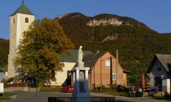 Square of the Zliechove village