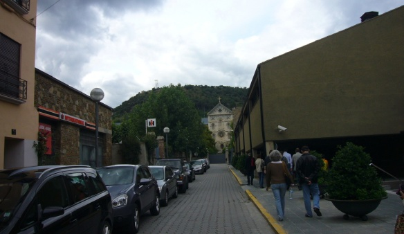A street to the bus stop in La Seu d'Urgell