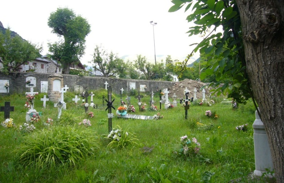 Graveyard of Sant Feliu Church.