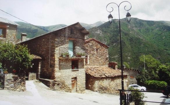 A drowsy village, Cóll