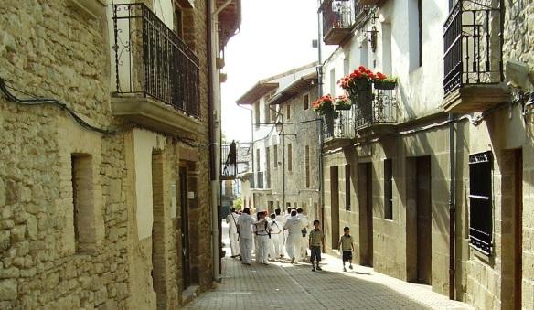 Mayor Street of Monreal.