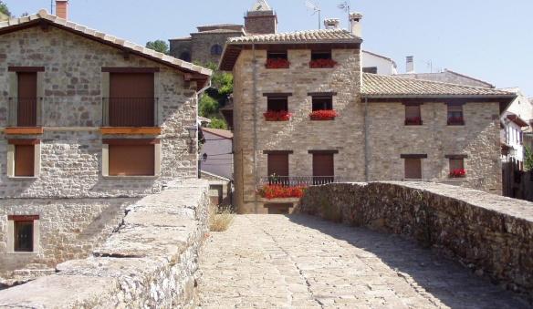 Puente y Casas (Bridge and Houses), Monreal.