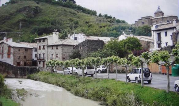 Calle Barrio Abajo (Street Barrio Abajo) and the river (Rio Elorz), Monreal