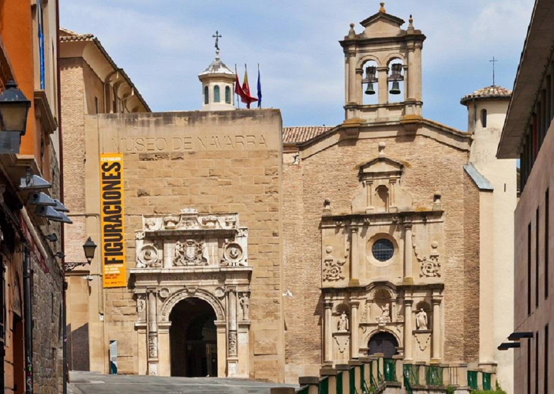 Pamplona, Pyrenees  weepingredorger