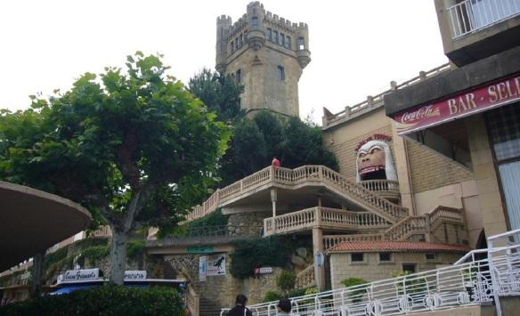 Parque de atracciones de Igeldo (Amusement Park Igeldo) next my hotel Monte Igeldo.