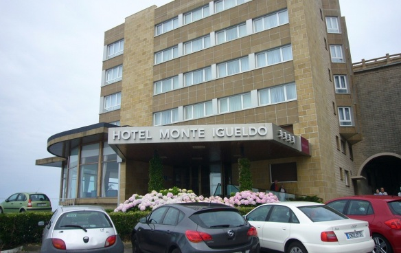 Had a room at Hotel Monte Igueldo standing on top of the hill.