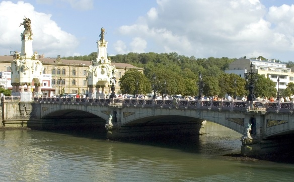 Bridge Maria Cristina cross over the River Urumea, San Sebastian River.