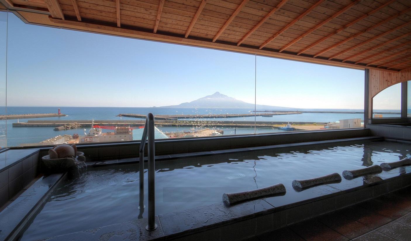 rebun island hokkaido prefecture  japan weepingredorger