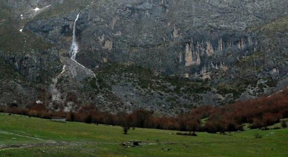 Cascade at Fuente De Cantabria.