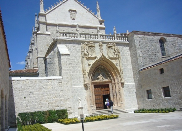 Entrance of the chapela.