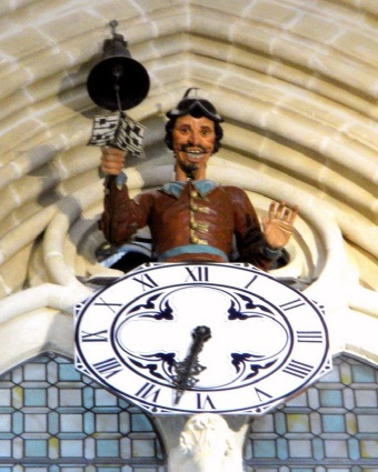The Papamoscas clock