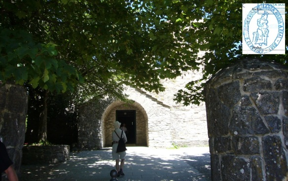 Entrance of the church of Santa María in O Cebreiro.