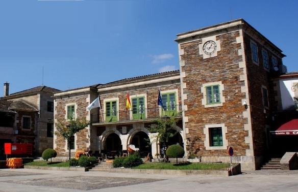 Town Hall on the praza of Conde de Fenosa, Portomarin