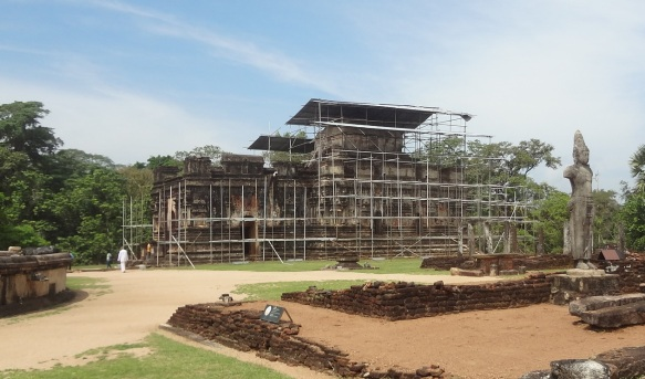 Thuparama Gedige Quadrangle Polonnaruwa