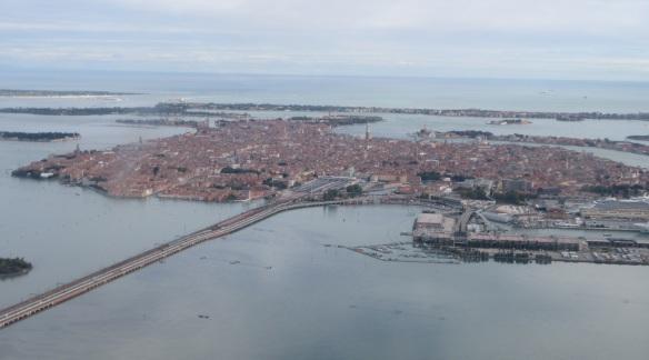 Venezia, under eyes