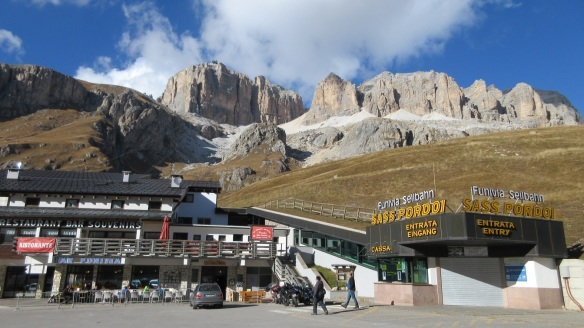 Restaurant and souvenir shop of Pordoi Pass