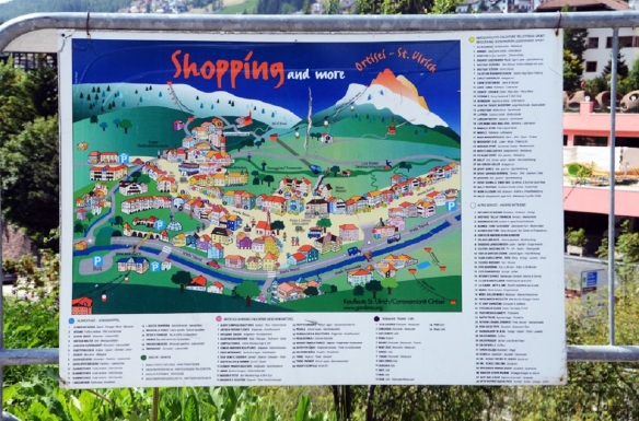 Shopping information of the Ortisei Old Town
