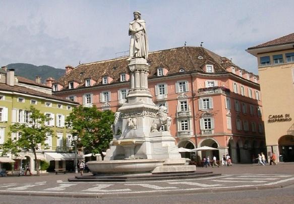 Square, Plazza Walther von der Vogelweide
