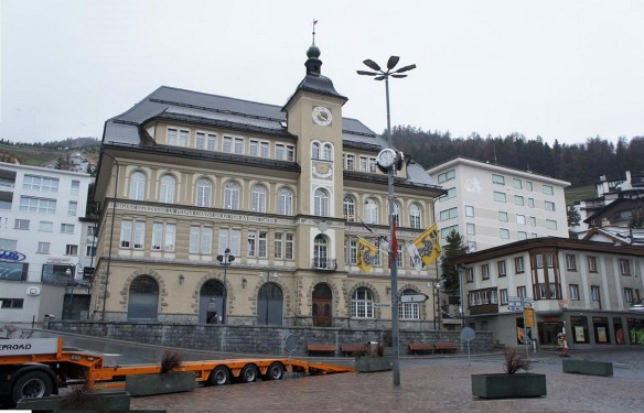 Das Alte Schulhaus St. Moritz (Old Schoolhouse on the Plazza da Scoula)