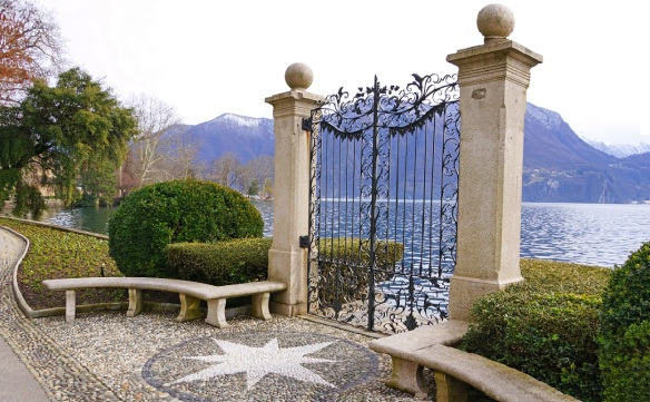 The gate to the Lake of Lugano in the City Park
