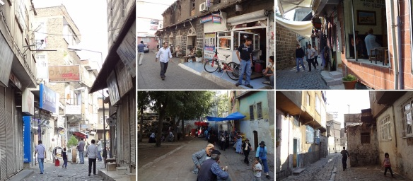 Through the back lanes, walking to the Safa Camii. Local people had been lively.