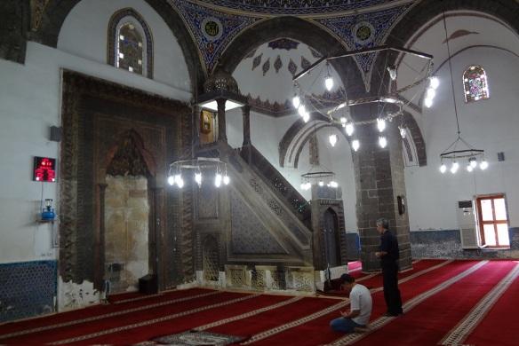 Entered ParlıSafa Camii.