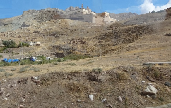 Going up to the Ishak Pasha Palace