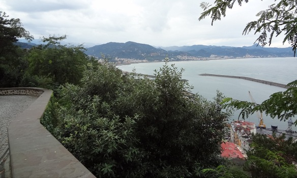 Harbor of Giresun from the castle hill.