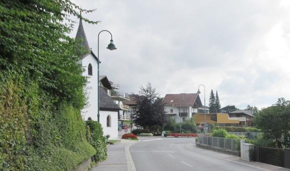 Walking down the Dörfer Street