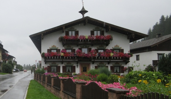 Country house with weathercock on Achenkirch Street