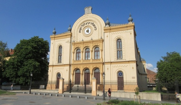 Synagogue on the Kossuth Square Pecs