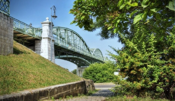 The Mária Valéria Bridge was opened on September 1895.