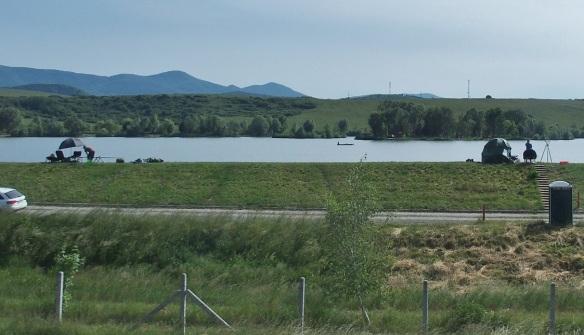 Passing the banks of Maconkai Reservoir in the town of Bátonyterenye.