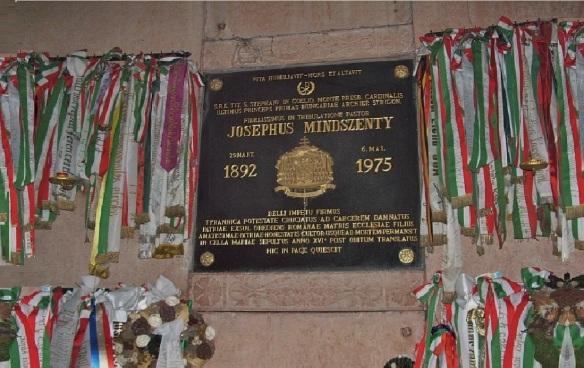 Cemetery of József Mindszenty in the Crypt of Esztergom Basilica.
