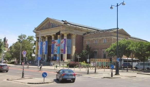 Kunsthalle Műcsarnok (Budapest Art Gallery)
