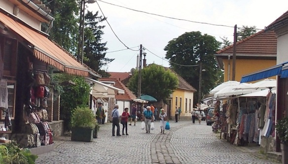 Arrived at the town of Szentendre.